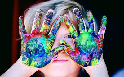 Conheça a importância das atividades extracurriculares no desenvolvimento infantil
